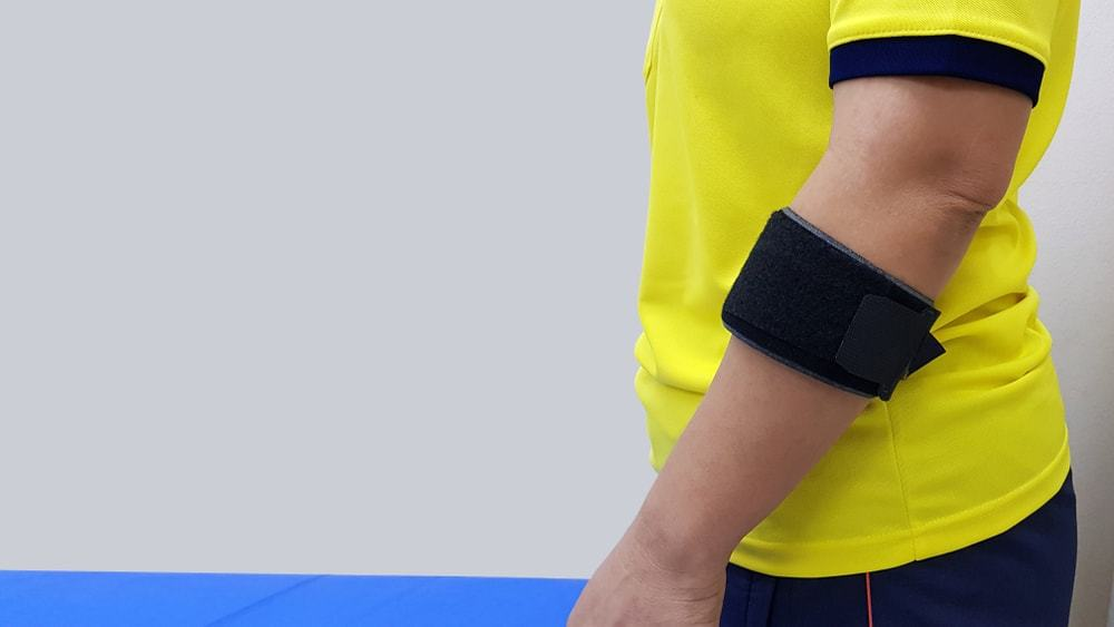 How To Wear A Tennis Elbow Strap